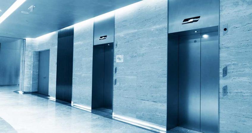 سرویسکار آسانسور